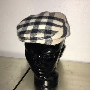 Newspaper boy wool cap